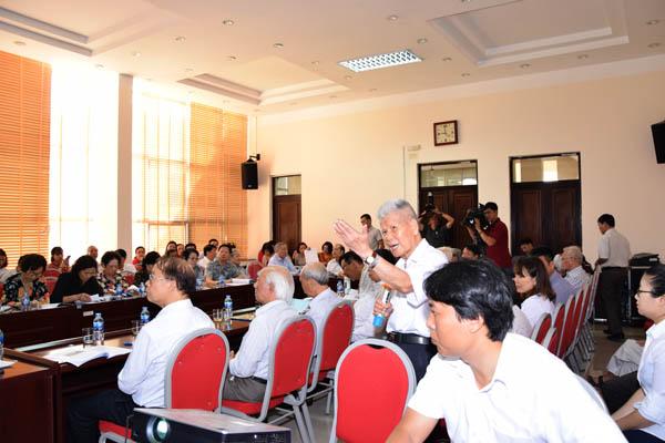 Seminar Tiết kiệm và Bảo hiểm trong các Chiến lược Dự phòng Rủi ro của Nông hộ
